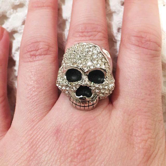 Peep Toe Skull Ring