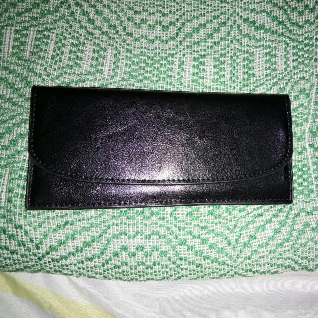 Super Duper SALE!!!!NOW 150!!!Preloved Bayo Wallet