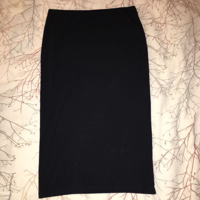 Tight Fitting Pencil Skirt