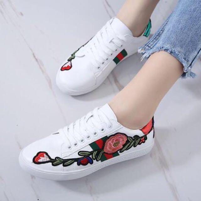 Sneakers Gucci Flower Syahrini