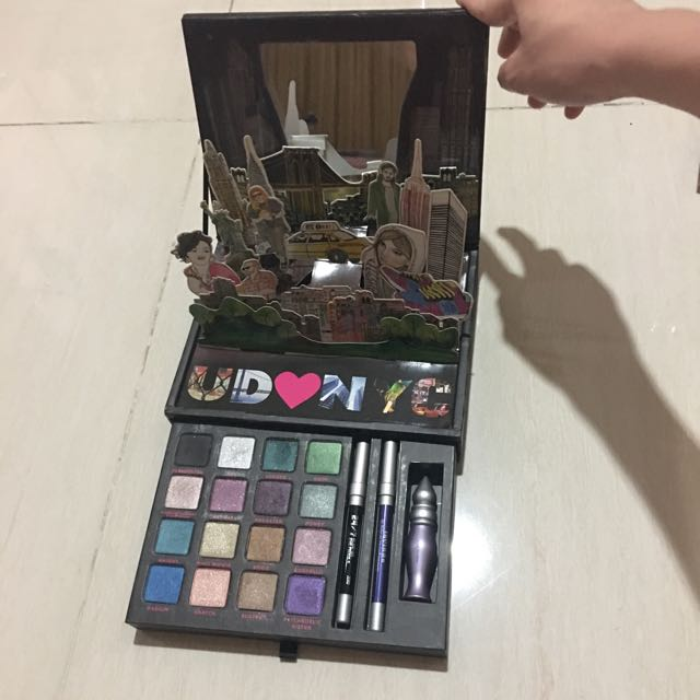 urban decay palette cosmetics