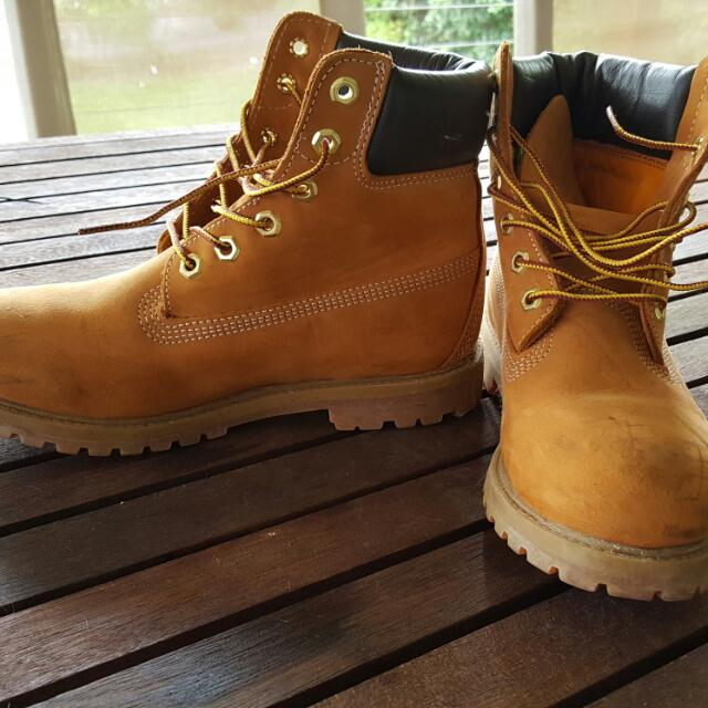 Women's Timberland Boots Size 7