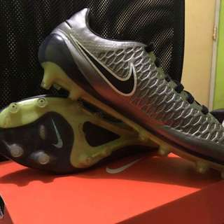 Nike Magista Opus FG Football Cleats with FREE Football Gear