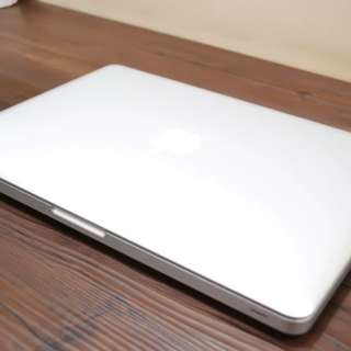 Mcbook Pro core i7 8gbram 600cycle count 500hdd 15inches