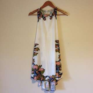 Adorable White Floral Sun Dress Size XS/S