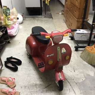 小獅王三輪車