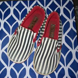 Maoo Shoes Size 24