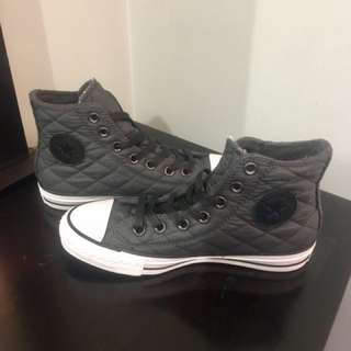 Converse All Stars Black High Tops - Size 6
