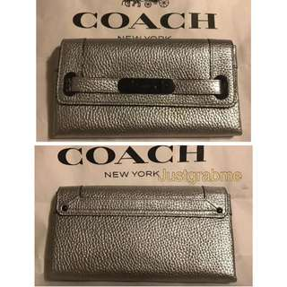 Coach 53028 Silver Pebbled Leather Swagger Wallet