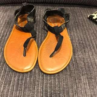 Black Summer Sandals Size 7 Surf Brand - Kustom