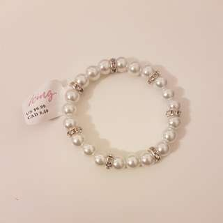 Icing Pearl Bracelet