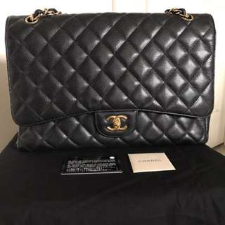 Authentic Chanel Caviar Quilted Classic Maxi Single Flap Bag GHW