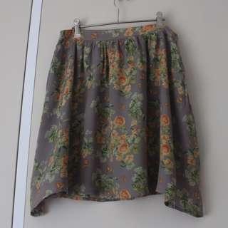 AU12 Floral skirt