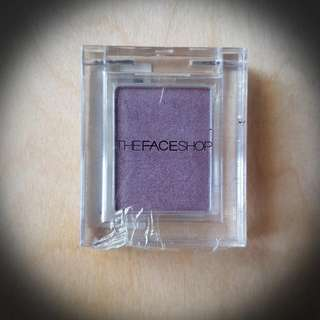 Purple eyeshadow - Korean luxury brand The Face Shop