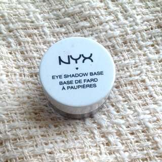 Nyx Eyeshadow Base No 3