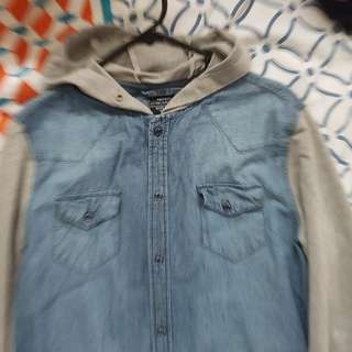 Mens Size M shirt With Hoody