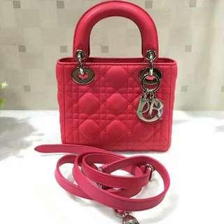 真品 Dior lady玫红色 三格银扣羊皮 整体做过颜色 目前外观9新 如图 无配件