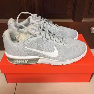 Nike air max sequent2