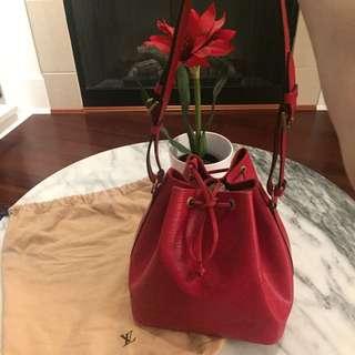 100% Authentic Louis Vuitton Petite Noe Shoulder Bag