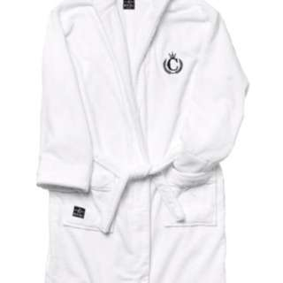 BAD AND BOUJEE Culture Kings Luxury Robe And Slippers (collectors Edition)