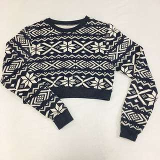 Old Navy Cropped Sweater