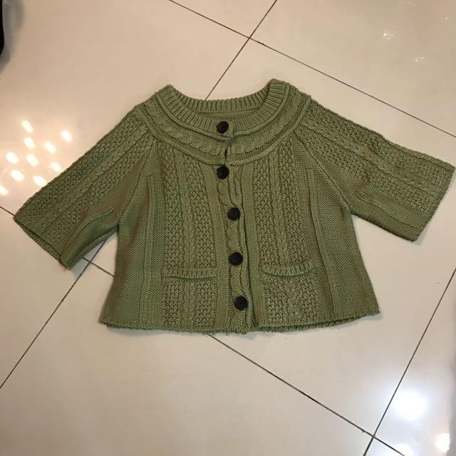 綠色毛線罩衫