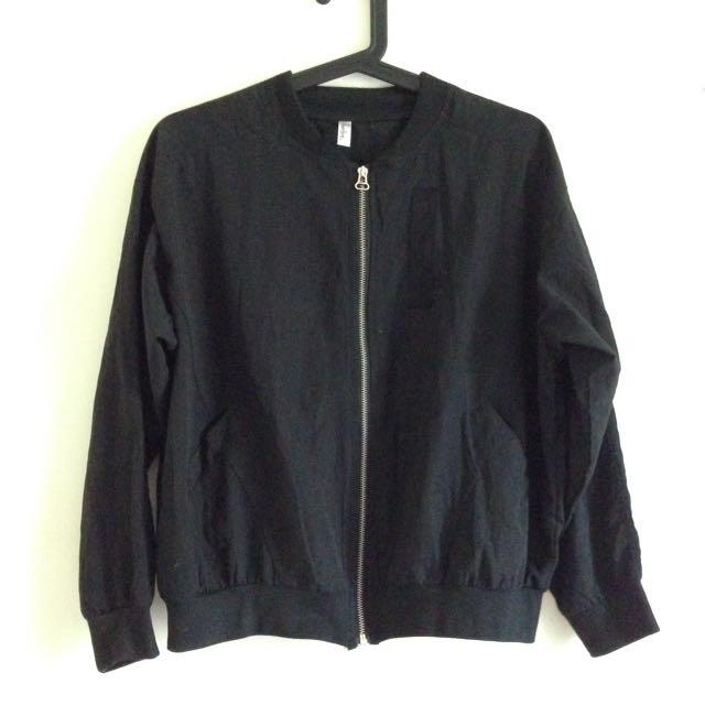含運 防曬 飛行 棒球 薄款 黑 外套