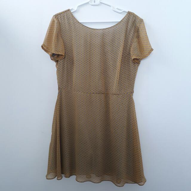 Apple & Eve Yellow Printed Dress - size XL