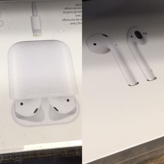 Apple AirPods Bluetooth Wireless Earbuds