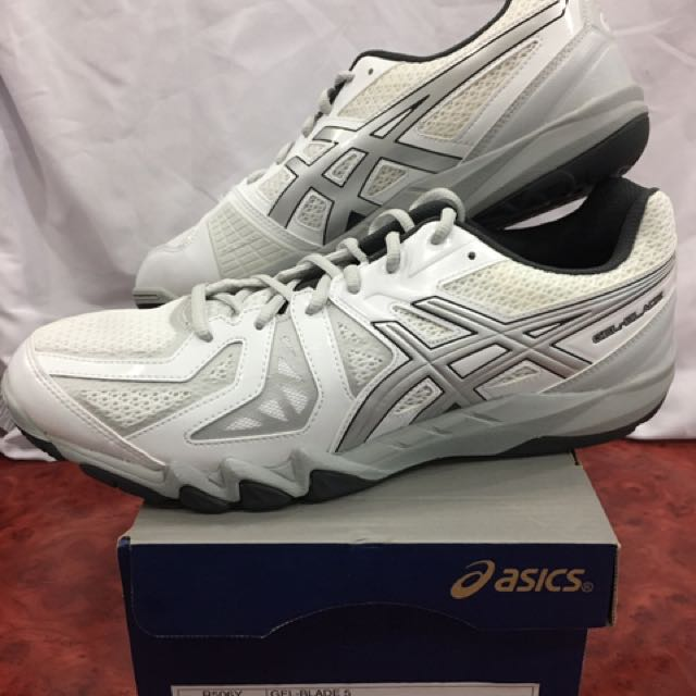 Continental eso es todo parque  ASICS GEL-BLADE 5 WHITE/SILVER (NEW), Sports, Sports Apparel on Carousell