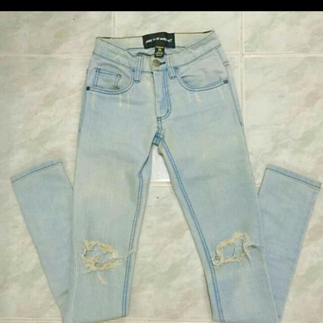 Authentic Factorie Knee Ripped Skinny