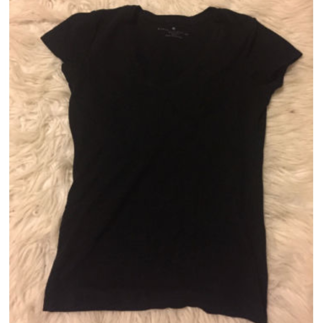 Banana Republic Black Tshirt