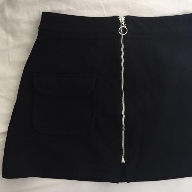 Black Zip-up Skirt