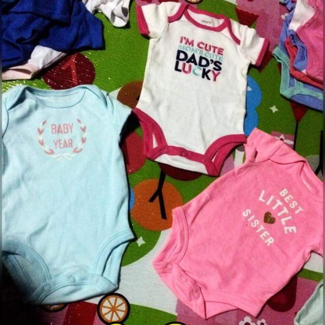 Carters Baby Newborn Onesie NWOT