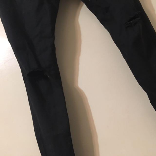 Classic Black Ripped Jean