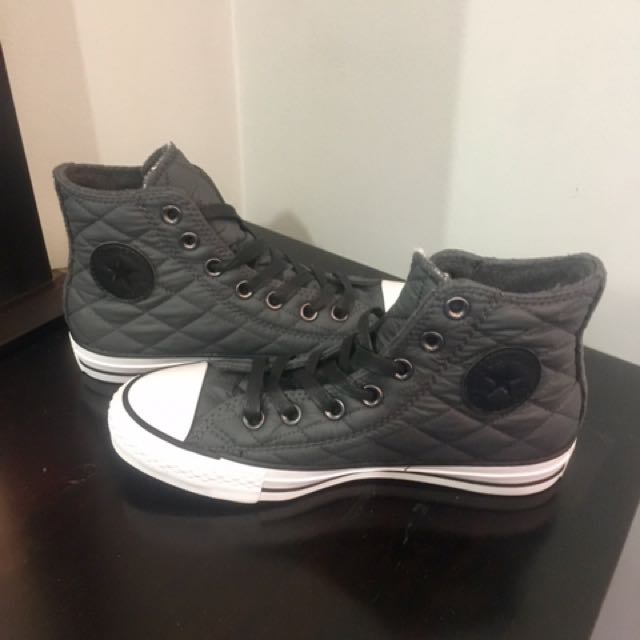 3cf35a0aa6c8 Converse All Stars Black High Tops - Size 6