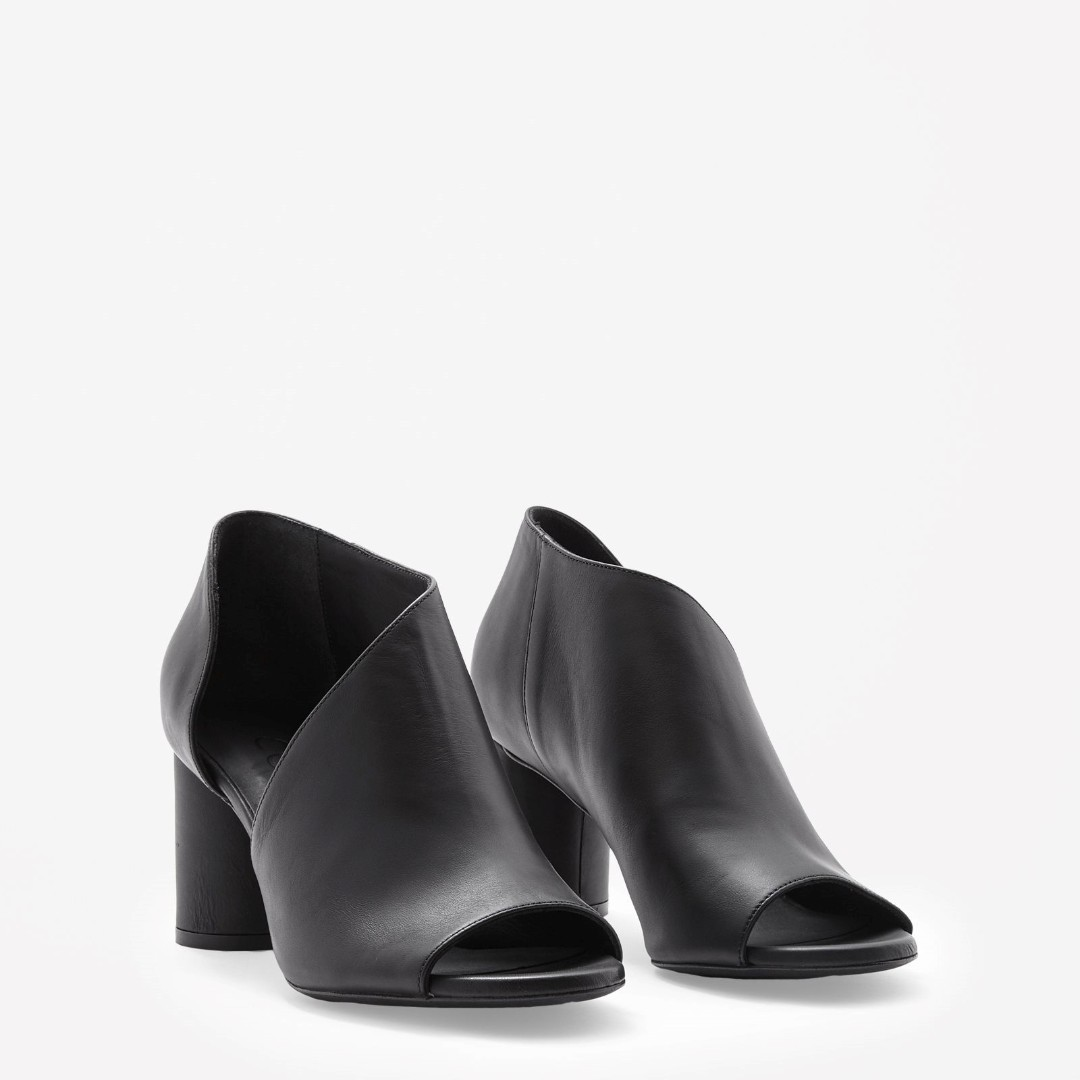 COS Round-heeled Leather Shoes in Black
