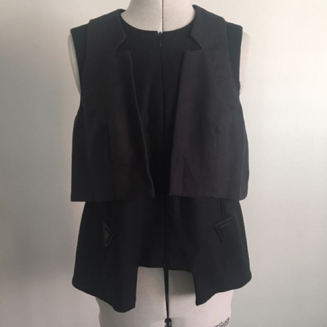 Cue Zip Panel Top - Black And Charcoal
