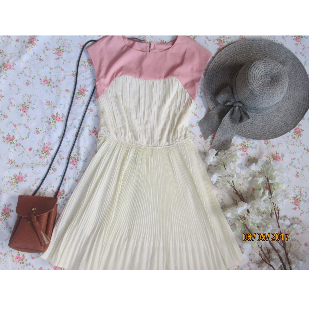 Electric Pleats Dress