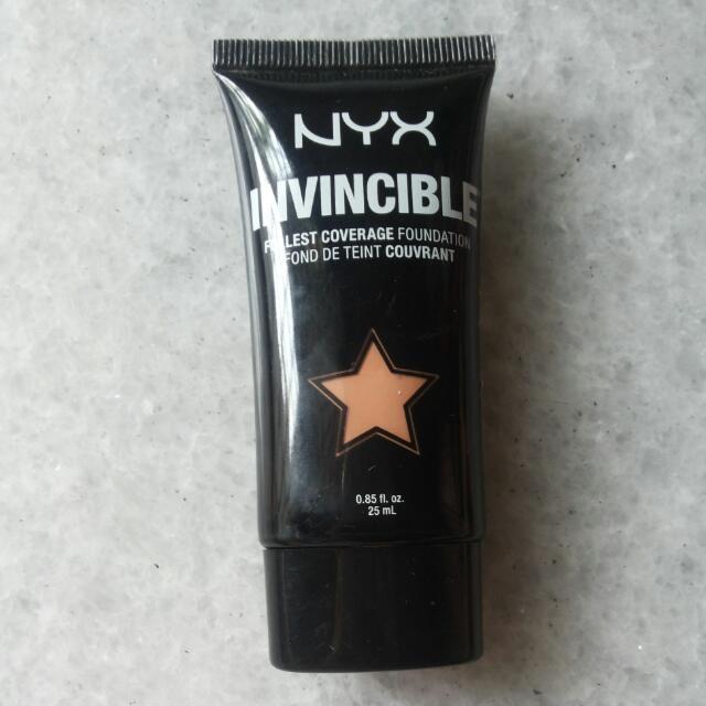 Foundation Nyx Invicible