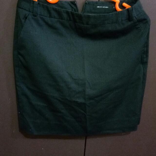 3 Skirts G2000