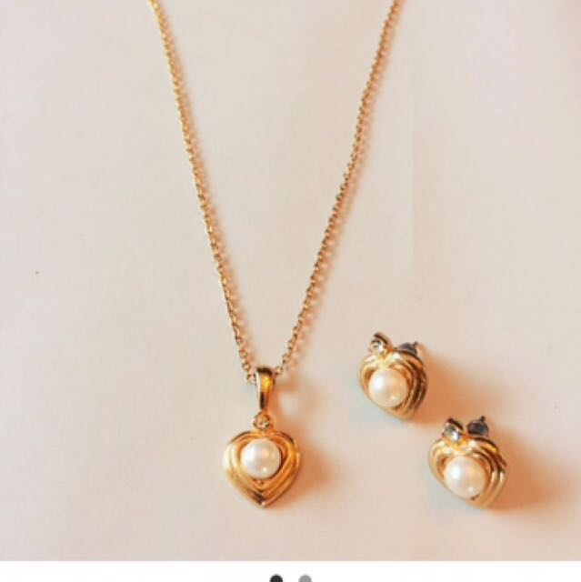 Gold Played Necklace And Earring Set