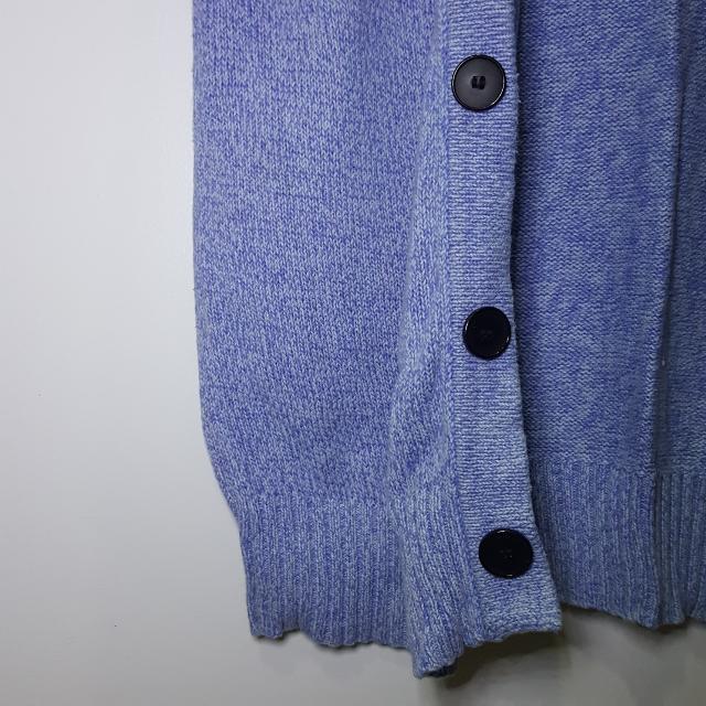 Knitwear / Sweater / Cardigan