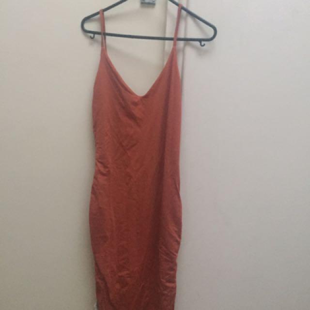9eccc59000 Kookai Burnt Orange Midi Dress, Women's Fashion, Clothes on Carousell