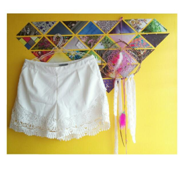 Lace Shorts (White)
