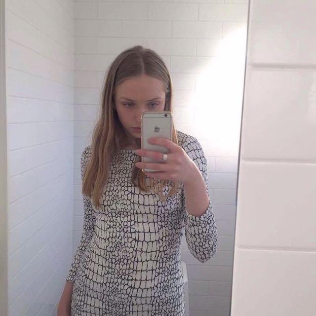 Long Sleeve Snakeskin Bodycon Dress