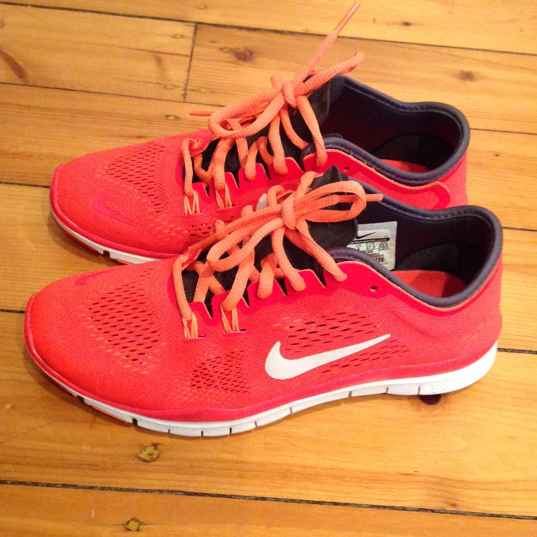 Nike trainers like NEW!