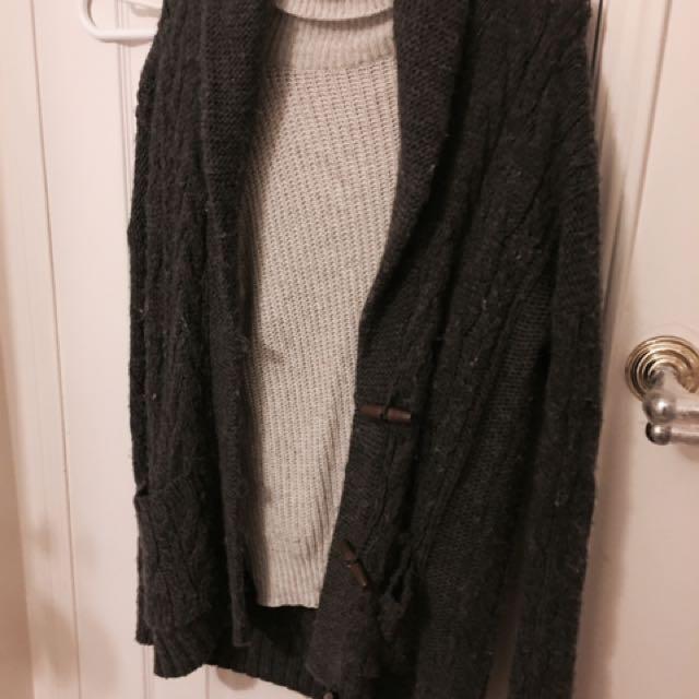 Oversized Knit Grey Cardigan