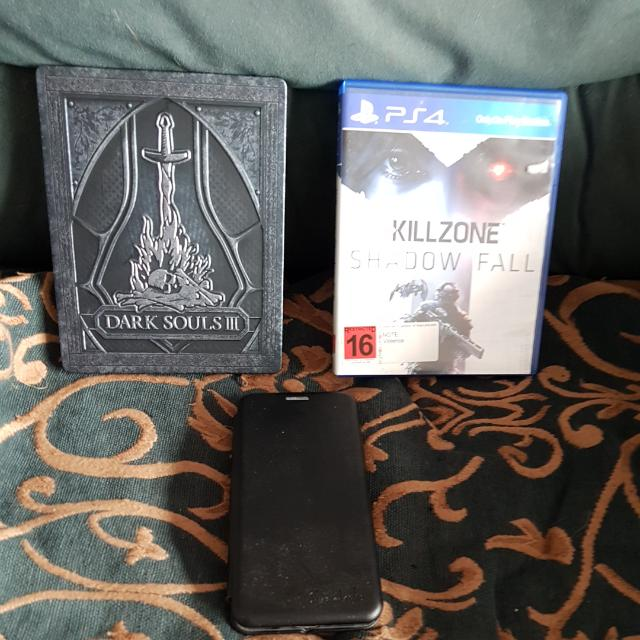 PlayStation 4 Games, Samsung S8 case