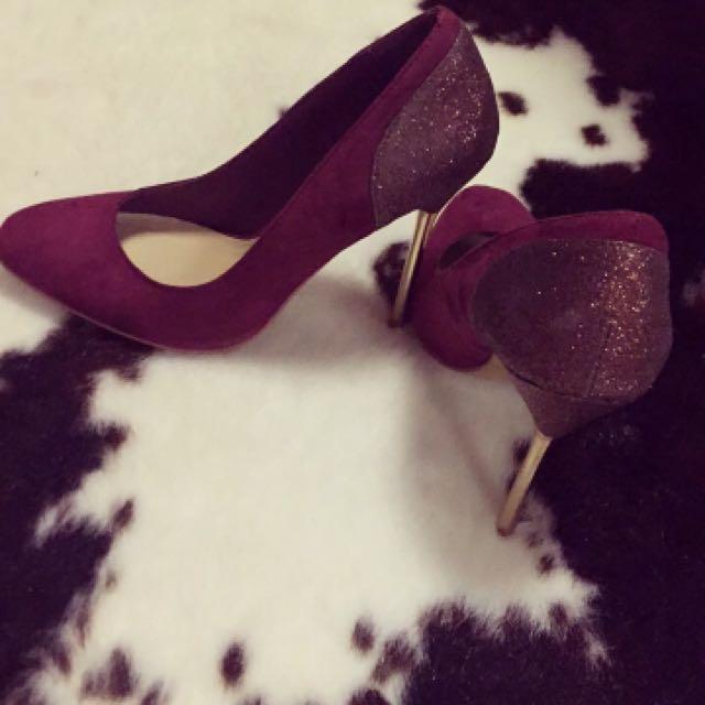 Plum Heels, Size AU5
